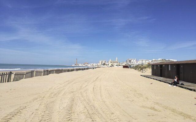 Playa del Camarón – Playa de las Tres Piedras