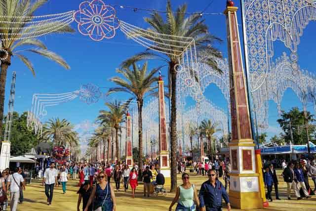 Disfruta de las mejores ferias de la provincia de Cádiz.