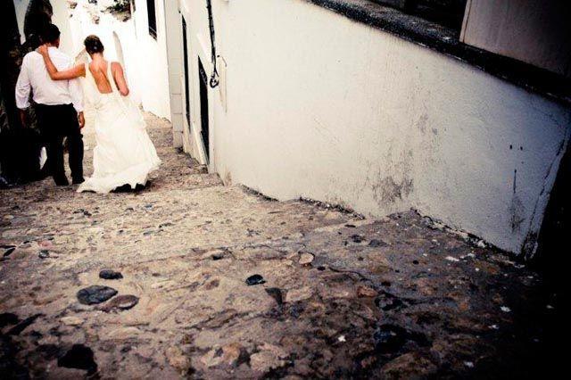 Disfruta de un escenario encantador, diferente y acogedor para celebrar tu boda o ese día tan especial para ti.