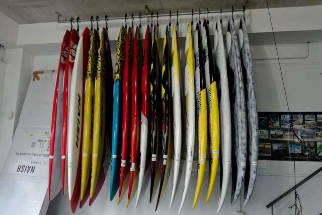B3 watersports, con todo lo relacionado para la práctica de deportes náuticos en Tarifa.