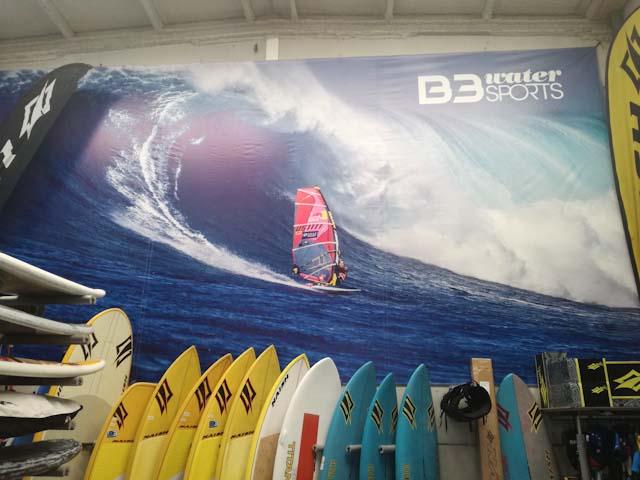 Tarifa es el lugar idóneo para practicar deportes acuáticos, ya sea windsurf, kitesurf, surf...