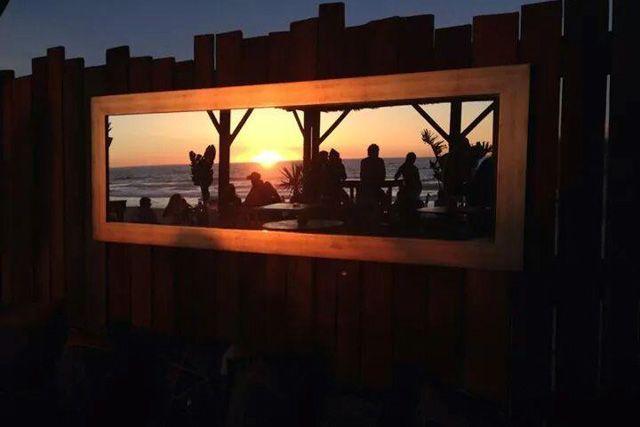 El Chiringuito Gurugu, en El Palmar, es un enclave fantástico donde disfrutar de unas puestas de sol espectaculares.