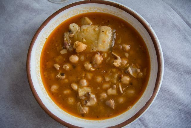 Si te gustan los platos de cuchara, en la Sierra de Cádiz encontrarás tu paraíso.
