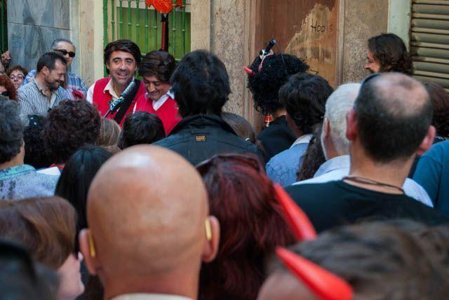 El Carnaval se vive diferente en Cádiz. Acércate a comprobarlo por ti mismo.