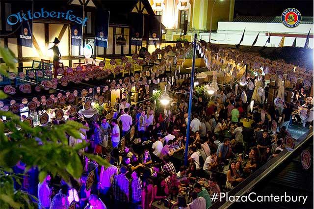 El Pub O'Donoghue's Jerez, también conocido como Plaza de Canterbury, es el lugar de ocio y vida nocturna por excelencia de la ciudad desde 1993. Irlanda en un trocito de Jerez. Cuenta con más de 50 tipos de cervezas diferentes. #officialirishpub