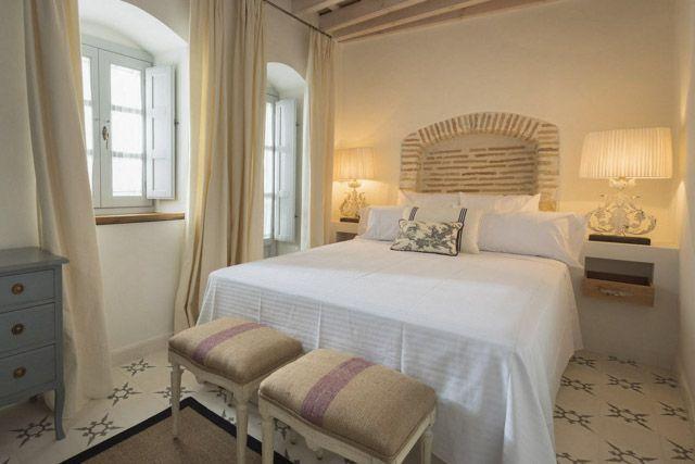 No pararás durante tu fin de semana en Cádiz, pero te aseguramos que dormirás como un bendito en los magníficos alojamientos que ofrece la provincia.