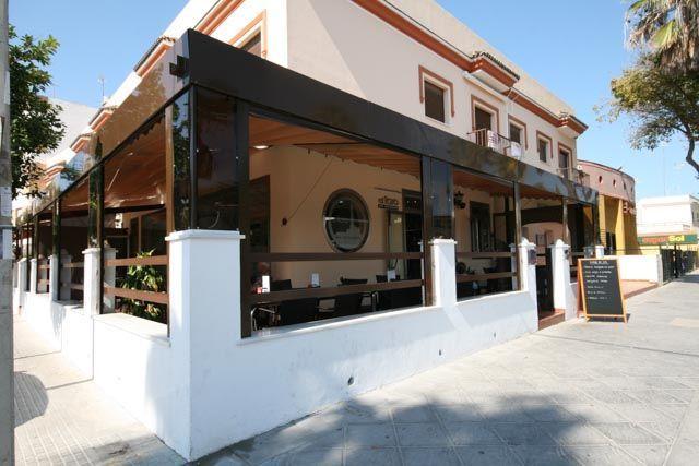 Te presentamos a Daniel Rey, del restaurante El Faro de Chipiona, uno de los mejores sitios donde comer bien en Chipiona.