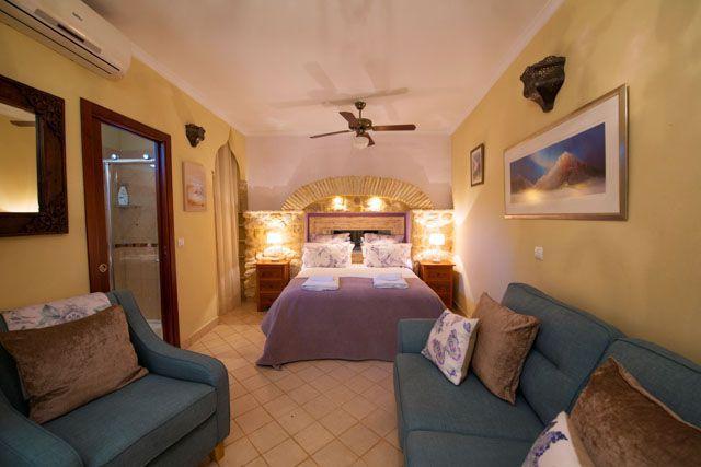 Las habitaciones son cómodas, confortables y muy acogedoras.