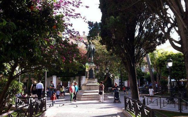 Plaza de Candelaria y Monumento a Castelar