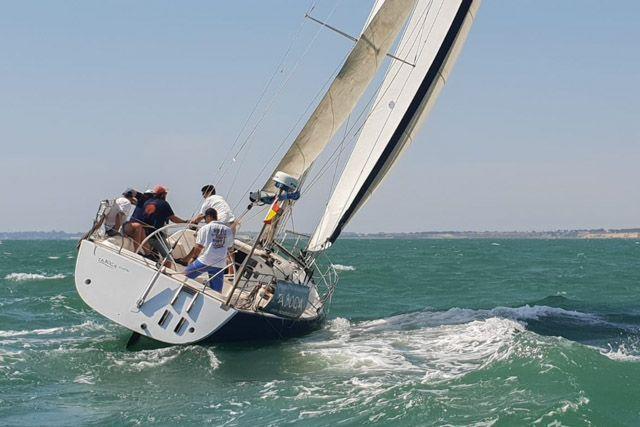 escuela-taboga-paseos-en-barco-y-velero-en-cadiz-6