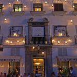 En Garimba Sur podrás degustar una excelente selección de sabores viajeros en un local emblemático situado en la Plaza de España de Vejer de la Frontera.