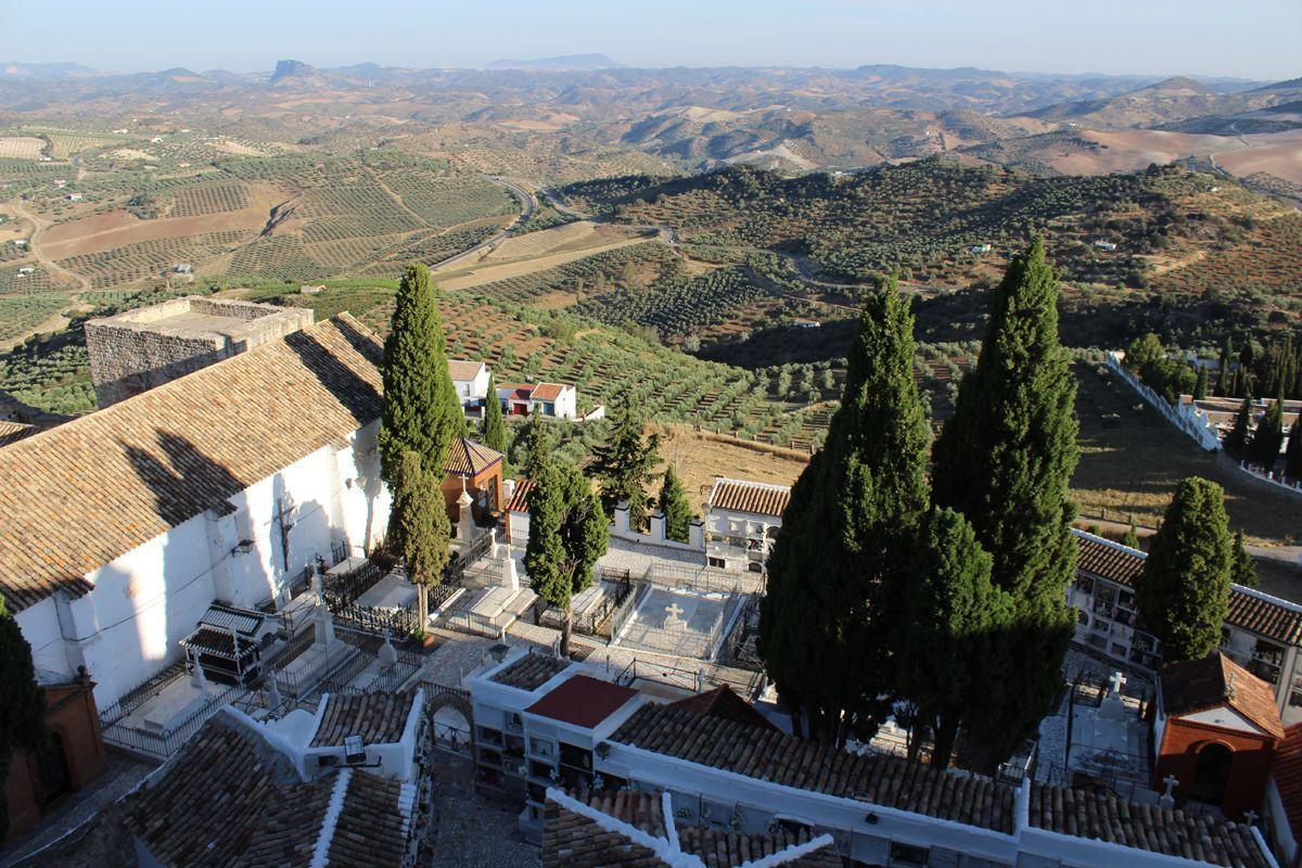 Foto del cementerio de Olvera