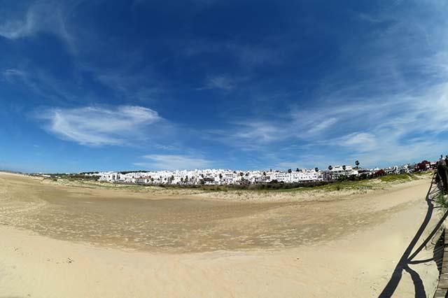 Paronámica de la playa de Conil.
