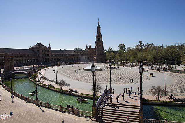vistas sobre Plaza España Sevilla