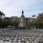 estatua Plaza Nueva Sevilla
