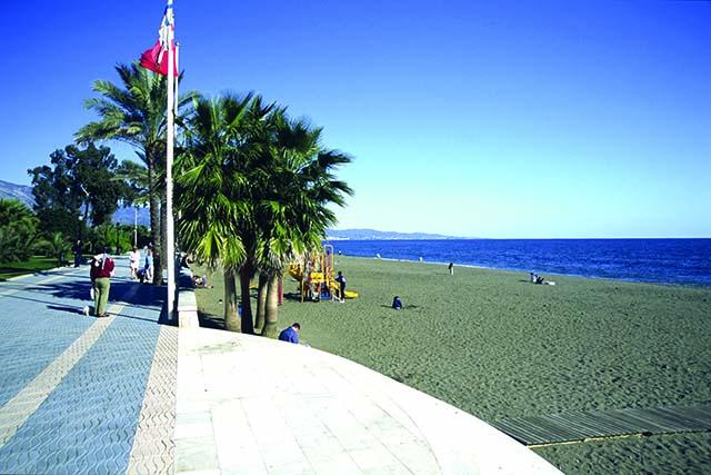 Vistas a la playa de San Pedro de Alcantara